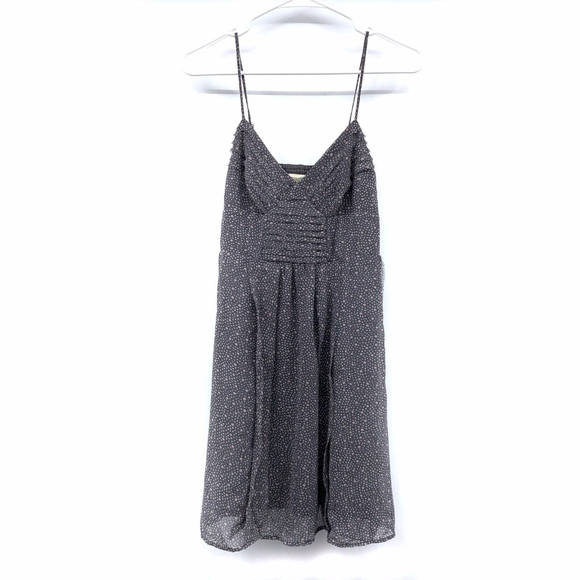 American Eagle Outfitters Dresses & Skirts - American Eagle Gray Polka Dot Pleat Babydoll Dress